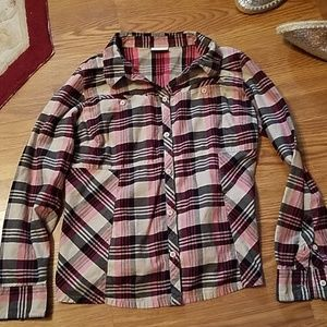 Columbia  sz M button up front pockets lond sleeve